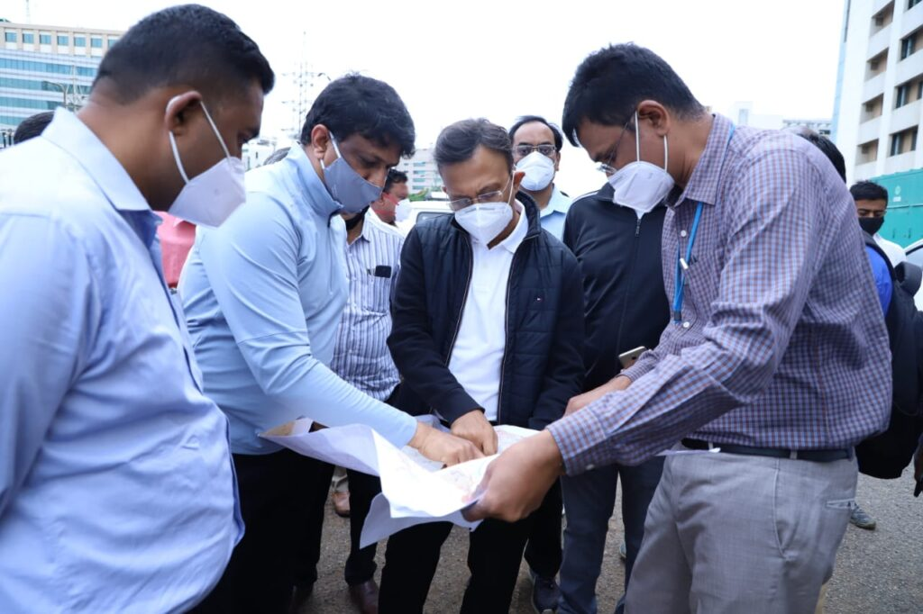 On Day 1, Gupta gets cracking with recce of rain-hit areas BBMP boss orders 'errant' Manyata Tech Park developer to uncover and desilt SWD within a week
