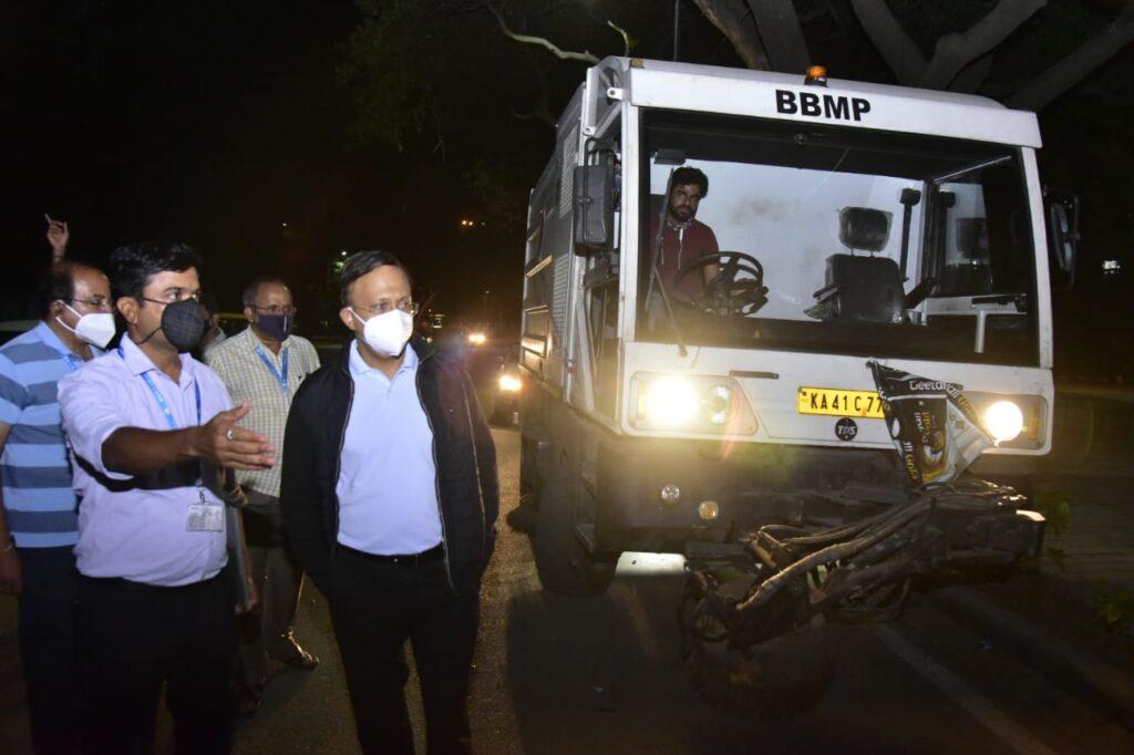 BBMP administrator, IAS officer Gaurav Gupta inspecting street sweeping