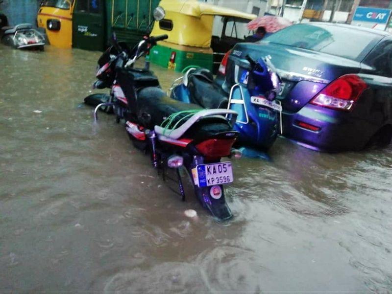 Rain turns parts of Bengaluru into mini rivers Dattatreya Layout in Hosakerehalli, Koramangala 4th Block among the worst-hit