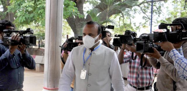 Ex-Congress Mayor accused in Bengaluru riots case is absconding Police