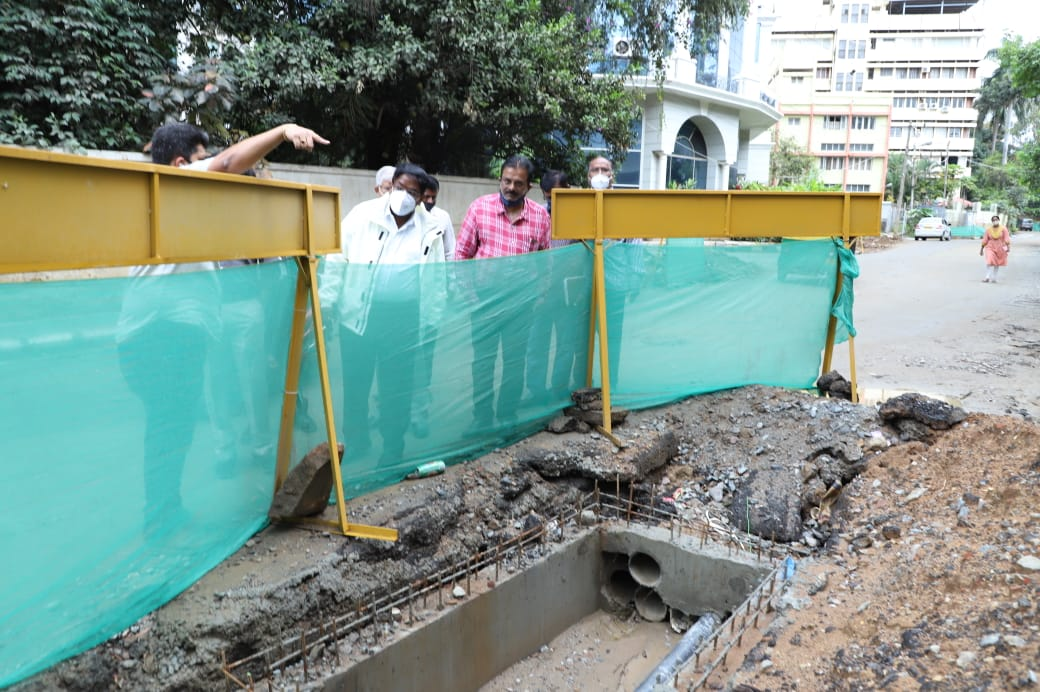 Lavelle Road to get (belatedly) 'smart' by April TenderSure project got delayed due to Covid-related lockdown
