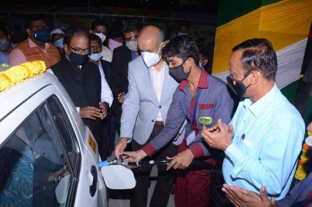 22nd CNG filling station of GAIL Gas in Bengaluru 16 more CNG filling stations of GAIL Gas by January will add to cleaner fuel network in city