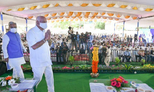 No discussion on cabinet reshuffle: Karnataka CM