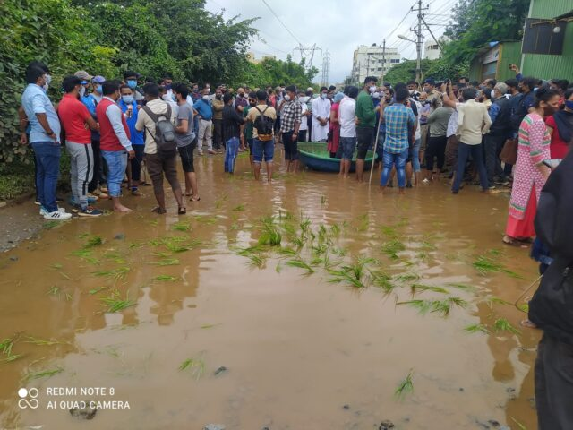 Locals protest by rafting on pothole-riddled Bengaluru road!